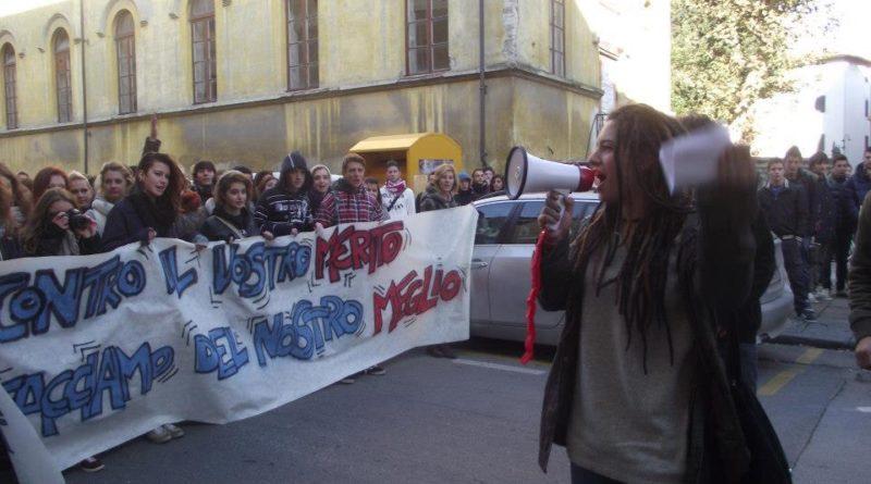 Tutti assolti gli imputati per il corteo studentesco del 17 novembre 2012