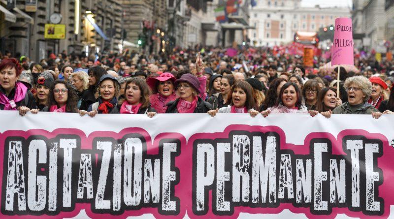 Verso l'8 marzo la marea femminista continua