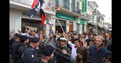 Tribunali e incendi non fermeranno la Viareggio che non si piega